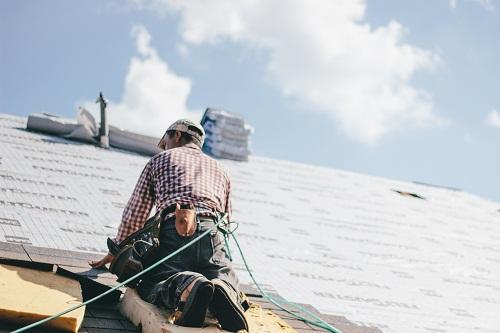 Les travaux de rénovation de toiture par Robin des toits amiantes